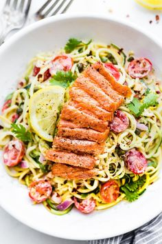Cajun Smoked Salmon Zucchini Noodles Salad A zippy cajun sauce tossed in chopped vegetables and zucchini noodles then topped with peppery smoked salmon. Healthy Swaps - Zucchini noodles and Smoked salmon instead of pasta or chicken. Salmon Recipes, Seafood Recipes, Cooking Recipes, Healthy Recipes, Free Recipes, Top Recipes, Ketogenic Recipes, Gluten Free Meal Plan, Entrees