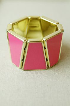 Brighten your days with TrendyBlendy's Touch and Glow Stretch Bracelet!  $14.00 http://www.trendyblendy.com/products/day-glow-color-stretch-bracelet-in-pink