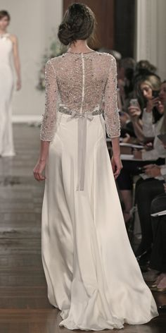 #JennyPackham #Wedding Dress - Astrantia