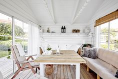Scandinavian interior design, sunroom / studio