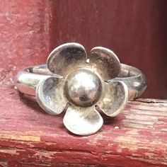 Sterling Silver Flower Ring Ilaria Adjustable - Yourgreatfinds, Vintage Jewelry - 1