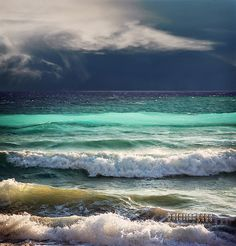 Ocean - this is probably the most beautiful picture of the waves that I have sever seen