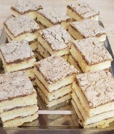 Kijevi krémes - Ez Szuper Hungarian Desserts, Easy Desserts, Feta, Food To Make, Recipies, Goodies, Food And Drink, Yummy Food, Sweets