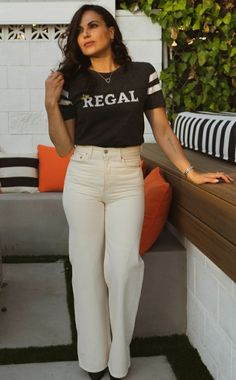 My King, King Queen, Spanish Actress, White Jeans, Photoshoot, Actresses, Actors, Regina Mills, Ouat