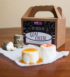 Fresh DIY goat cheese? Yes please! Makes 8 batches and only takes 1 HOUR. Shoppe by Scoutmob
