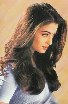 With a tradition lasting over a hundred years, Hindi cinema has seen countless highs and lows. Bollywood is not just a film industry. Aishwarya Rai Pictures, Aishwarya Rai Photo, Actress Aishwarya Rai, Aishwarya Rai Bachchan, Beautiful Bollywood Actress, Most Beautiful Indian Actress, Beautiful Actresses, Most Beautiful Women, India Beauty