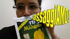 #assaggiamo #deborascapolan #dried #mango #mangoes #driedmango #driedmangoes #tasting #7d #daiso