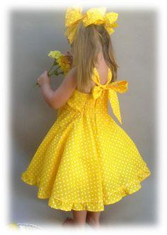 Yellow polka dot dress Cute girls dress by PapatyaGirlsCouture Cute Girl Dresses, Girls Party Dress, Little Girl Dresses, Fabulous Dresses, Girl Outfits, Baby Dresses, Polka Dot Summer Dresses, Yellow Dress Summer, Below The Knee Dresses