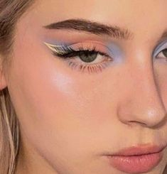 Cute Makeup Looks, Makeup Eye Looks, Eye Makeup Art, Pretty Makeup, Love Makeup, Skin Makeup, Eyeshadow Makeup, Pastel Makeup, Edgy Makeup