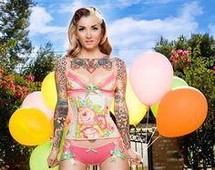 cute! I want those undies too! lol!