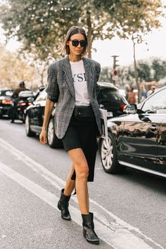 Plaid Blazers—the Must-Have Trend of the Moment