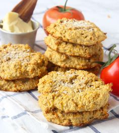 Mango, Pineapple and Coconut Oaty Biscuits Baby Food Recipes, Snack Recipes, Healthy Recipes, Family Recipes, Healthy Treats, Healthy Baking, Flapjack Recipe, Baby Cooking, Kids Meals