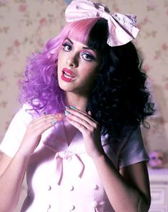 This is a wig, but it's hair, and it's awesome. Btw this girl is Melanie Martinez, I looove her song Dollhouse and the video that goes with it! The lyrics are just awesome cx