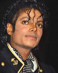 "Jackson , Michael on Instagram: ""His peach fuzz is the cutest thing ever 🥰 #michaeljackson"""