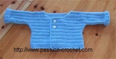 Brassière pour bébé au crochet