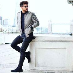 @rowanrow 👍 #modamasculinaderua #modamasculina #modaparahomens #mode #man #style #top #mensblog #menwear #menstyle #fashion #fashionmen #boy #manstyle #blogger #fashionlover #menwithstyle #menwithclass #homem #guy #look #lookdodia #instamoda #instafashion #streetstyle #streetfashion #itboy #follow #followme