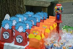 I love the bags!!  Violet Gardens: Dr. Seuss themed birthday party