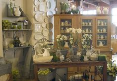 Farmhouse style store - I want to shop here.  NOW.