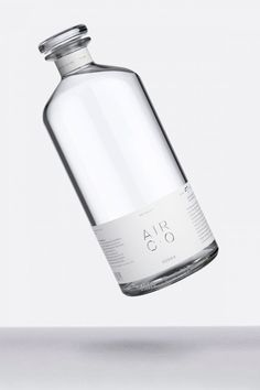 Brooklyn company Air Co has developed a process for making vodka that converts carbon dioxide into alcohol. Vodka Drinks, Absolut Vodka, Alcoholic Drinks, Mockup Design, Label Design, Graphic Design, Whisky, How To Make Vodka, Making Vodka