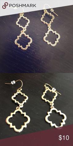 C Wonder Geometric earrings Beautiful gold geometric dangle earrings from C Wonder C. Wonder Jewelry Earrings