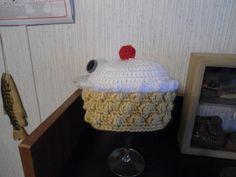 Crochet cup cake Beanie 3-6 months