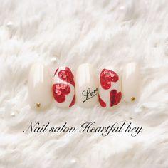 ネイル(No.1961908)|ハート |デート |女子会 |ホログラム |バレンタイン |ホワイト |レッド |ハンド | かわいいネイルのデザインを探すならネイルブック!流行のデザインが丸わかり!