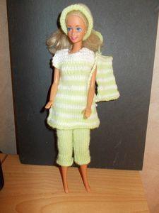 Barbie Style, Barbie Clothes, Barbie Dolls, Barbie Knitting Patterns, Barbie And Ken, Geisha, Shorts, Fashion Dolls, Sweaters