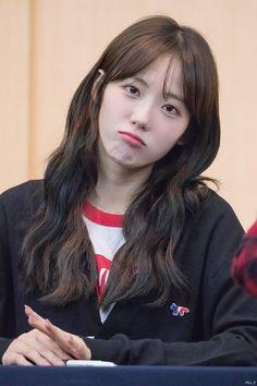 Yuehua Entertainment, Starship Entertainment, Cute Girls, Cool Girl, Wjsn Luda, Xuan Yi, Cosmic Girls, Korean Singer, Absolutely Gorgeous
