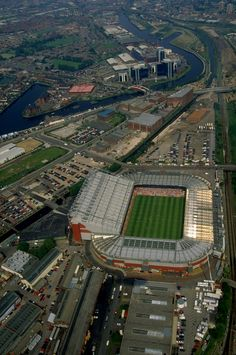 In readiness for Euro '96, @manutd commissioned the building of a brand new North Stand (the stand on the left of this shot) which became the biggest in Europe.