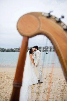 Confira mais detalhes do casamento de Nathalia e Fellipe no Euamocasamento.com #euamocasamento #NoivasRio #Casabemcomvocê