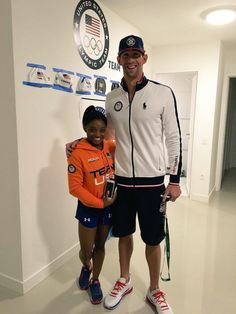 Womens Gymnast Superstar Simone Biles and Mens Swimming Legend Michael Phelps Selfie at the 2016 Rio de Janeiro Olympics Team USA. Gymnastics Quotes, Gymnastics Team, Olympic Gymnastics, Olympic Team, Olympic Games, Gymnastics Stuff, American Gymnastics, Gymnastics History, Tumbling Gymnastics
