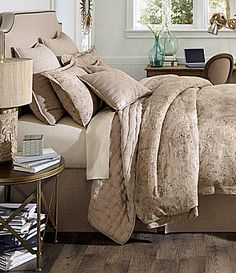 NEW NOBLE EXCELLENCE VILLA ANSLEY KING 3 PIECE COMFORTER SET FLORAL MULTI