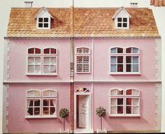 La casa in kit Del Prado è stata per molti il primo passo nel mondo delle miniature. Apparve in edicola negli anni '90 e prevedeva 100 uscite. Ogni numero costava 9.900 Lire, ovvero 5,11 €, e…