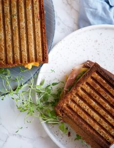 groft toastbrød opskrift