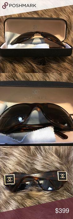Authentic Chanel Sunglasses 😎 Authentic Chanel Sunglasses 😎 CHANEL Accessories Glasses