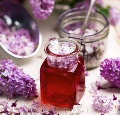 Syrensirap – recept Homemade Sweets, Tasty, Yummy Food, Flower Food, Edible Flowers, Creative Food, I Love Food, Soul Food, Food Inspiration