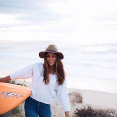 Victoria-Vergara-instagirl-instagram-sexy-jolie-canon-bombe-surfeuse-#surf-française-france-la-rochelle-longboard-bodyboard-mannequin-effronte-14