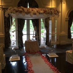 Outdoor ceremony rockleigh country club amaryllis decorators indoor ceremony floral decor chuppah amaryllis event decor northvale nj junglespirit Images