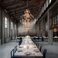 Milan Carlo e Camilla restaurant of the moment is set in a sawmill with crystal chandeliers and banquet tables for Restaurant Milan, Milan Restaurants, Restaurant Design, Italy Restaurant, Restaurant Seating, Restaurant Ideas, Cafe Bar, Camilla, Hall Hotel