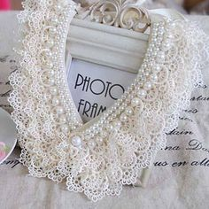 Ana Rosa-pearls and lace Crochet Collar, Lace Collar, Collar And Cuff, Crochet Lace, Antique Lace, Vintage Lace, Wedding Vintage, Beaded Embroidery, Hand Embroidery