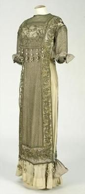1910-19 Renaud & Cie Dress