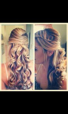 Original peinado combinando ondas y trenza