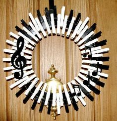 Music Wreath Piano Keys Wreath Musical Notes Treble Clef Crocheted Wreath Quarter Note Music Home Decor This charming music themed Wreath Crafts, Diy Wreath, Tulle Wreath Tutorial, Door Wreaths, Couronne Diy, Christmas Wreaths, Christmas Crafts, Christmas Tree, Diy And Crafts