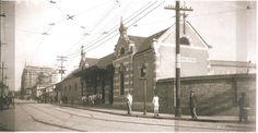 1915 - Rua Mauá - A antiga estação Sorocabana - Ituana. À esquerda, em construção, o seu prédio administrativo que, depois, seria ocupado pelo DOPS.