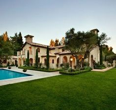 Gorgeous! I need to order some Cypress trees this spring.
