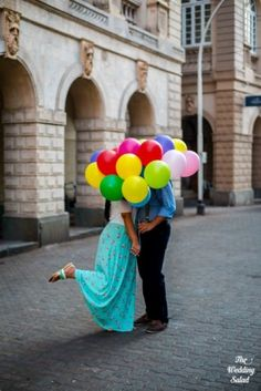 43-pre-wedding-shoot-withballoons-up-theme (55)