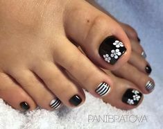 Pretty Toe Nails, Pretty Toes, Fancy Nails, Gorgeous Nails, Toenail Art Designs, Pedicure Designs, Toe Nail Designs, Pedicure Ideas, Toe Nail Color