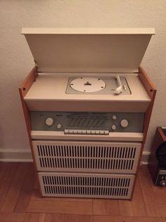 Verkaufe ein Braun PC 3 S Atelier Röhrenradio / Plattenspieler in sehr guten Zustand.  Bitte um...,Braun Atelier Dieter Rams PC 3 S Röhrenradio Plattenspieler in Schleswig-Holstein - Hamweddel