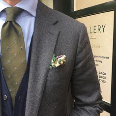 "@bastan1 of @gallery_tailors wearing a Viola Milano ""Grenadine Dots - Army Green"" 6-fold tie & handrolled silk pocket square... Find it at @gallery_tailors today or online at www.violamilano.com  #vm #violamilano #handmade #madeinitaly #luxury #sartorial #timeless #classic #menswear"