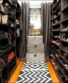 Shoe & Purse closet space...♥.